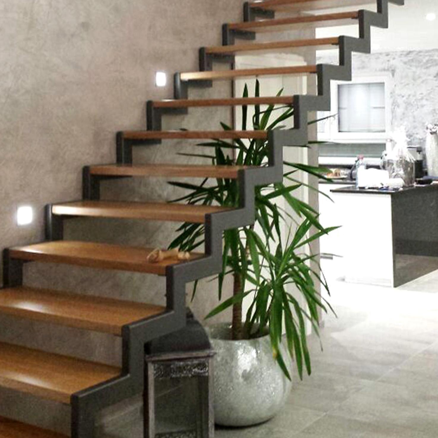 Treppenhaus stucco gesso sp 27 strukturiert_Start